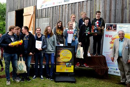 Strahlende Sieger beim 9. S-H Solarcup (Foto: Udo Brandhorst)